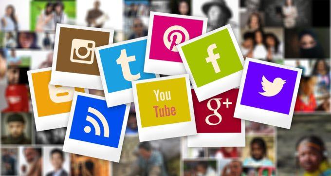 SNSやブログを使って情報発信を活発に行っているならホームページとの連携を